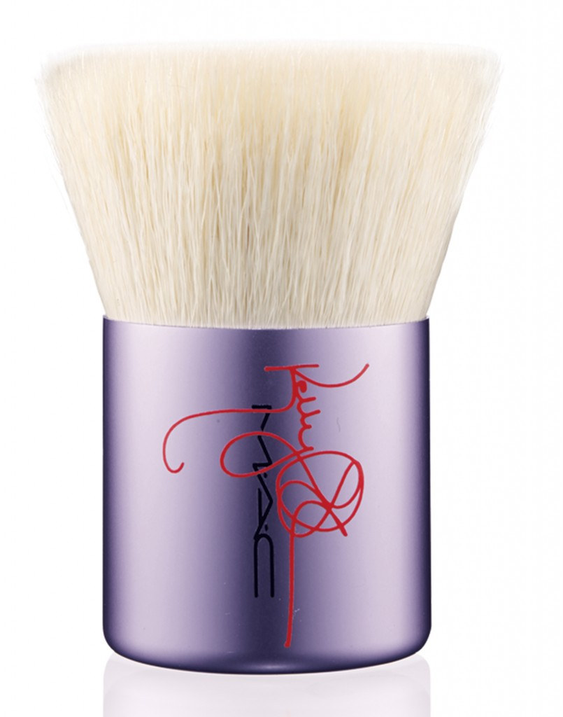 MAC Cosmetics x Kelly Osbourne Summer 2014 183SE Flat Buffer brush
