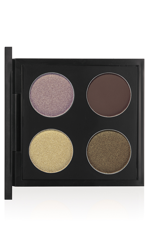 MAC Cosmetics A Novel Romance Novel Romance eyeshadow quad