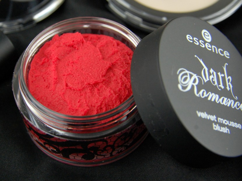 essence Dark Romance fall 2014 velvet mousse blush painted love