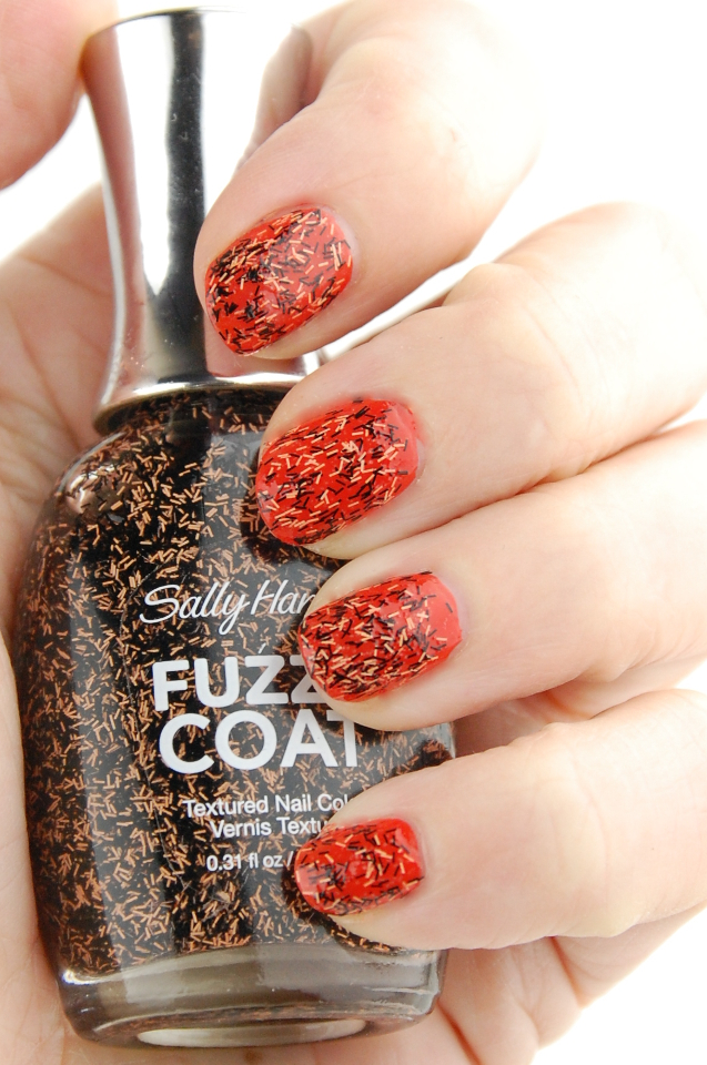 Sally Hansen Witchful Thinking The Body Shop Just Peachy swatch