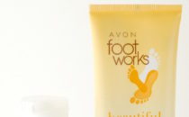 Avon Foot Works Beautiful Toasted Macadamia Relaxing Foot Soak and Moisturizing Cream