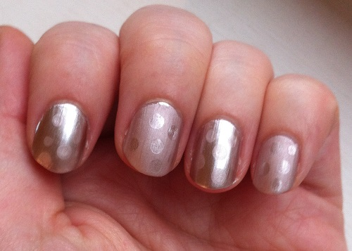 Nude matte and glossy nail polish art with Sarah featuring Nails Inc Kings Road