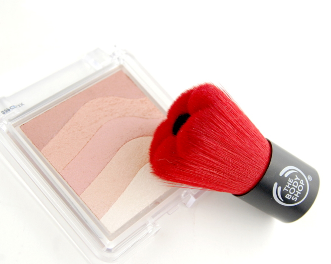 The Body Shop Shimmer Waves Blush and Smoky Poppy Blush Brush review