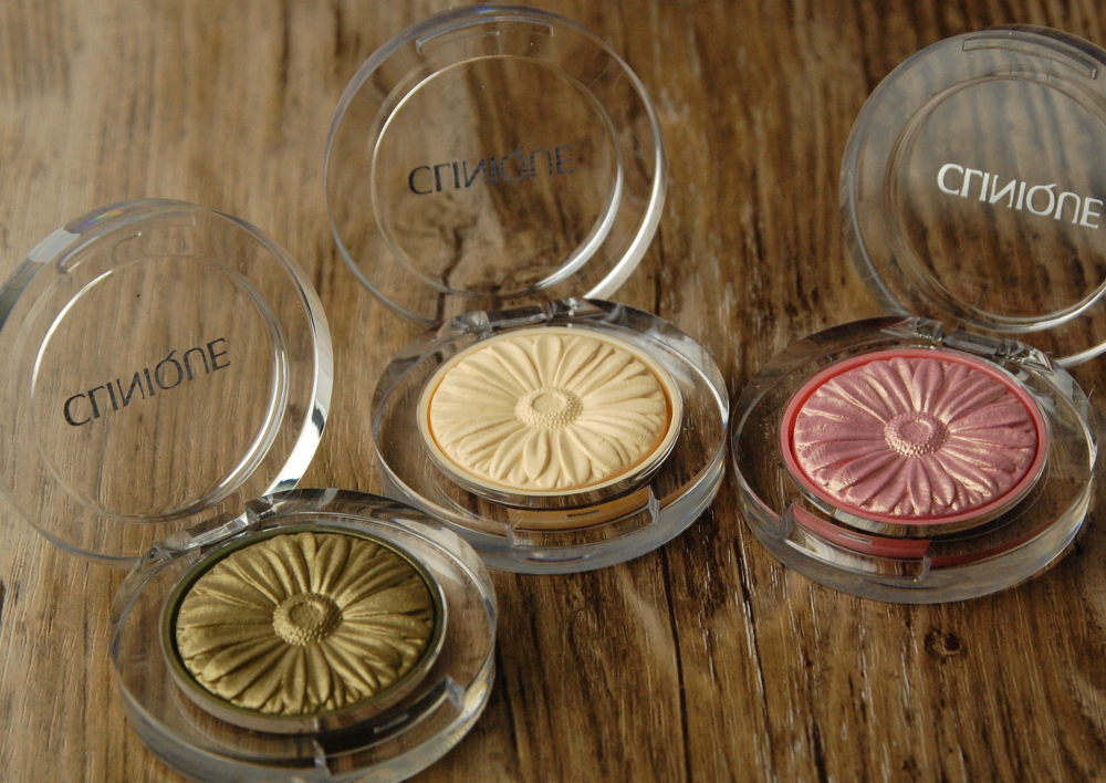 Clinique Lid Pop eyeshadow Willow Vanilla Petal review 2