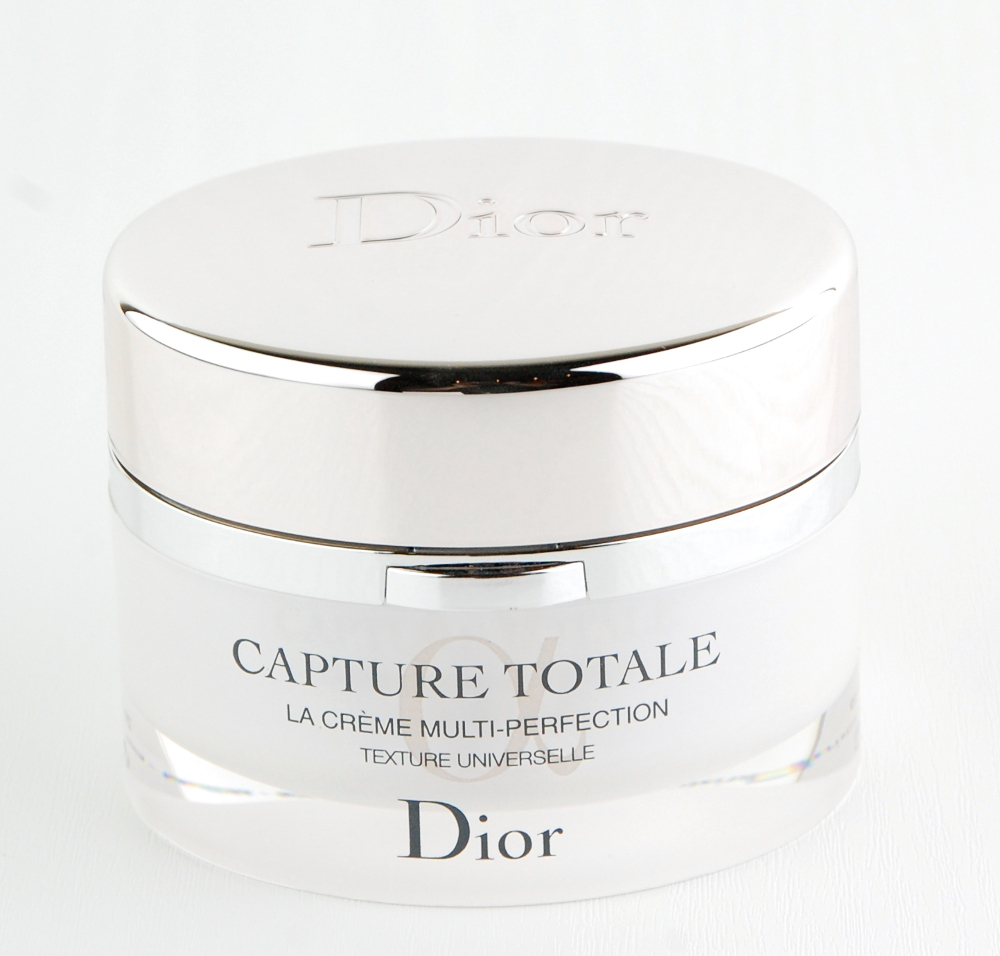 dior capture totale la creme multi perfection universal review swatch and review. Black Bedroom Furniture Sets. Home Design Ideas