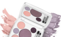GIVEAWAY: em Cosmetics Shade Play Eyeshadow Palette in Tokyo Plums