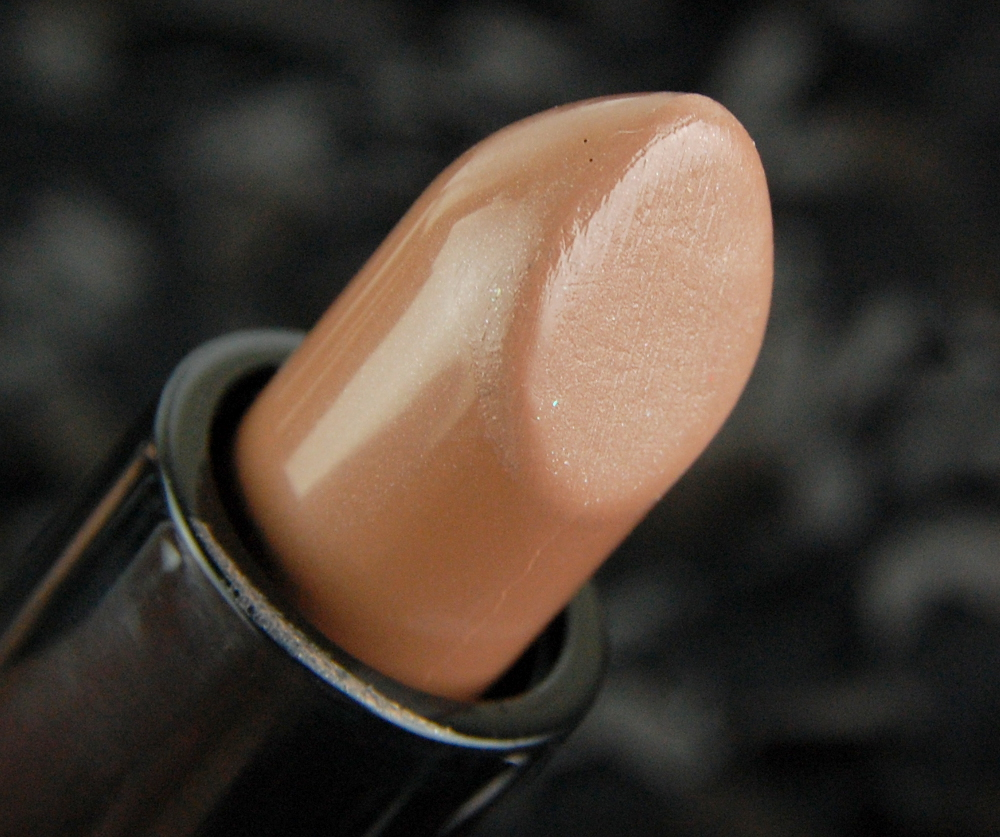 Future MAC Touch the Earth Mineralize Rich lipstick review