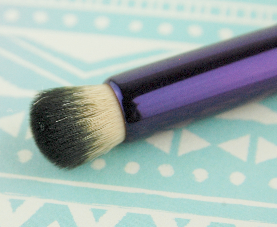 Tarte Rainforest of the Sea Double Ended Concealer Brush 2