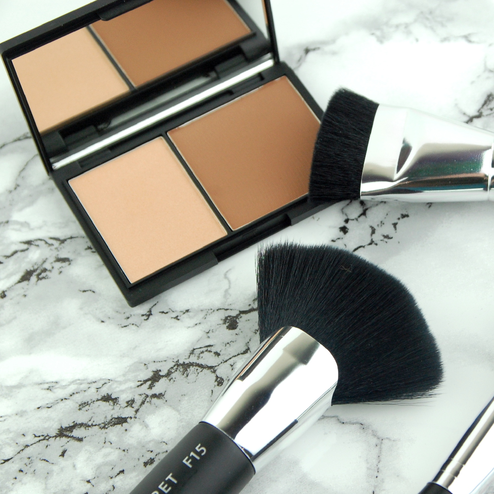 Niki Garret Cosmetics Contour and Highlight Duo Medium review sq