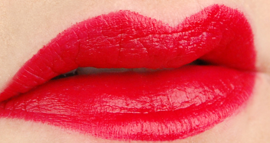 d4cc7cd065ef MAC Cosmetics Dita Von Teese matte lipstick review – Swatch and Review