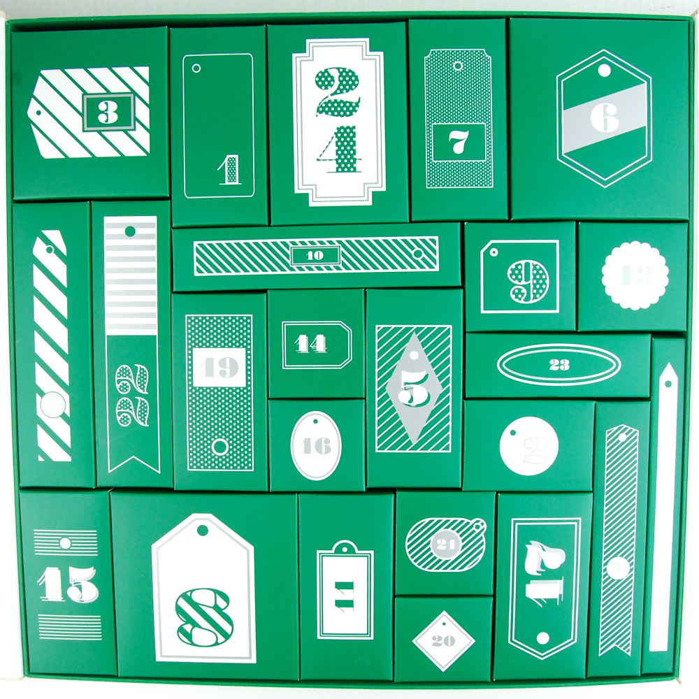 The Body Shop 24 Happy Days Advent Calendar 2015 review open
