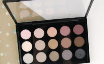MAC Cosmetics Eye Shadow x 15: Cool Neutrals palette