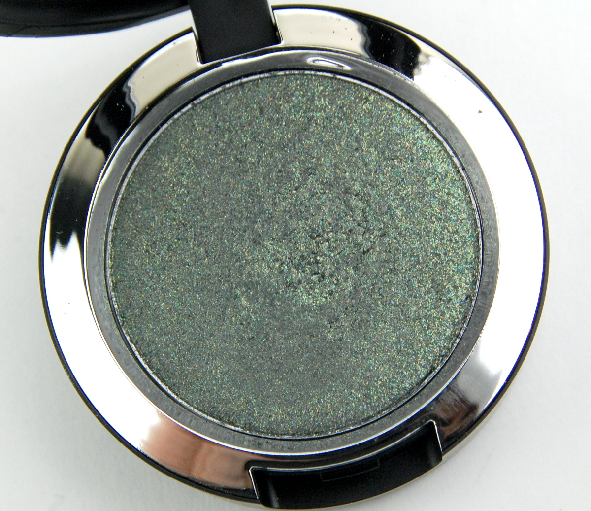 MAC Cosmetics Star Trek Pressed Pigment Bird of Prey review 3