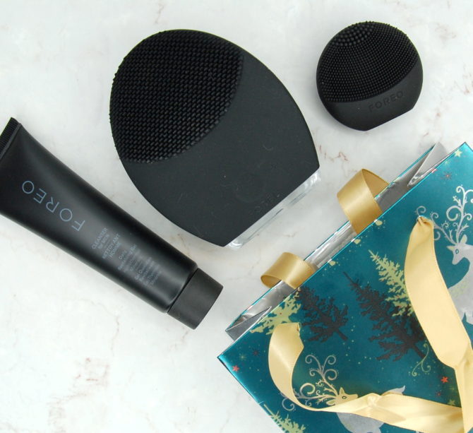 ON SALE NOW: Foreo Ultimate Grooming Kit for Men feat. LUNA 2 and LUNA Play